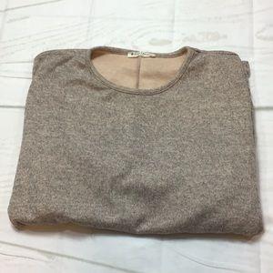 Riah Fashion Gray Sweater Size Large NWOT